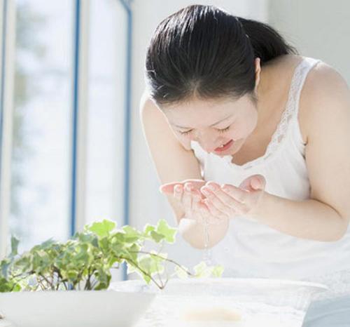 5 cách bảo vệ và dưỡng da trong môi trường máy lạnh